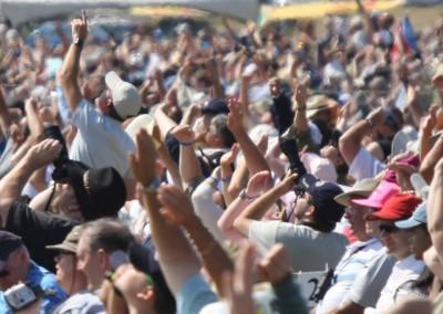 ComoxAirshow-crowd-web